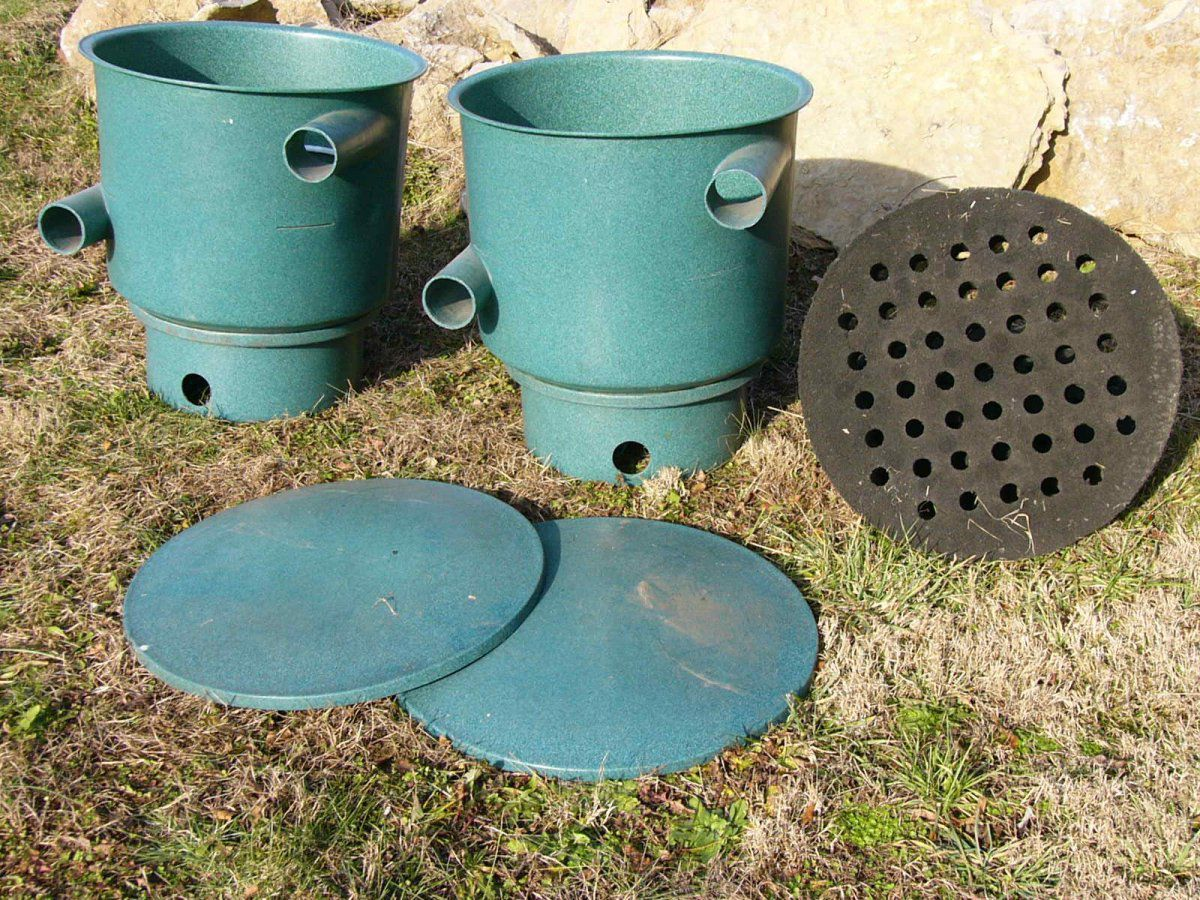 Small pair of vortex settling chamber filters garden for Small outdoor pond filters