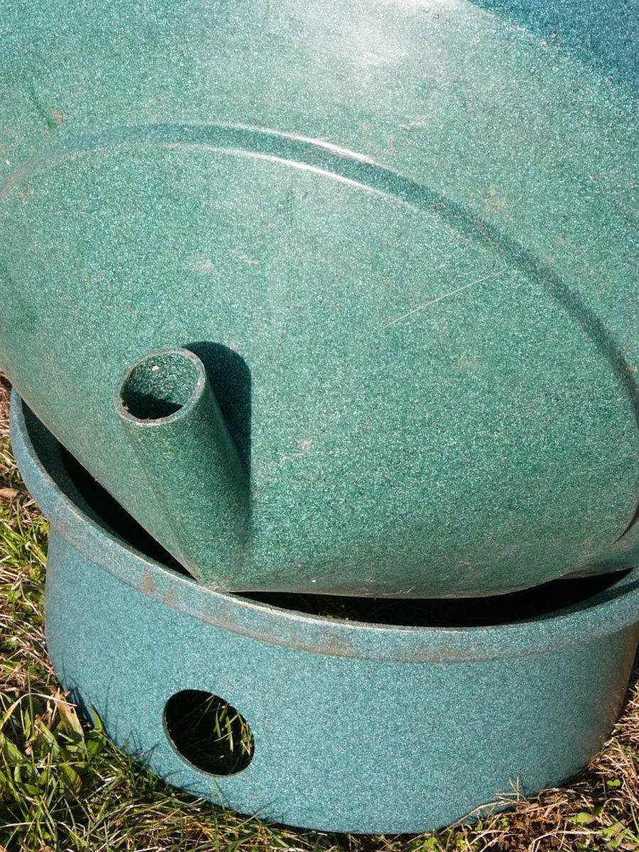 Small pair of vortex settling chamber filters garden for Multi chamber filter systems for ponds