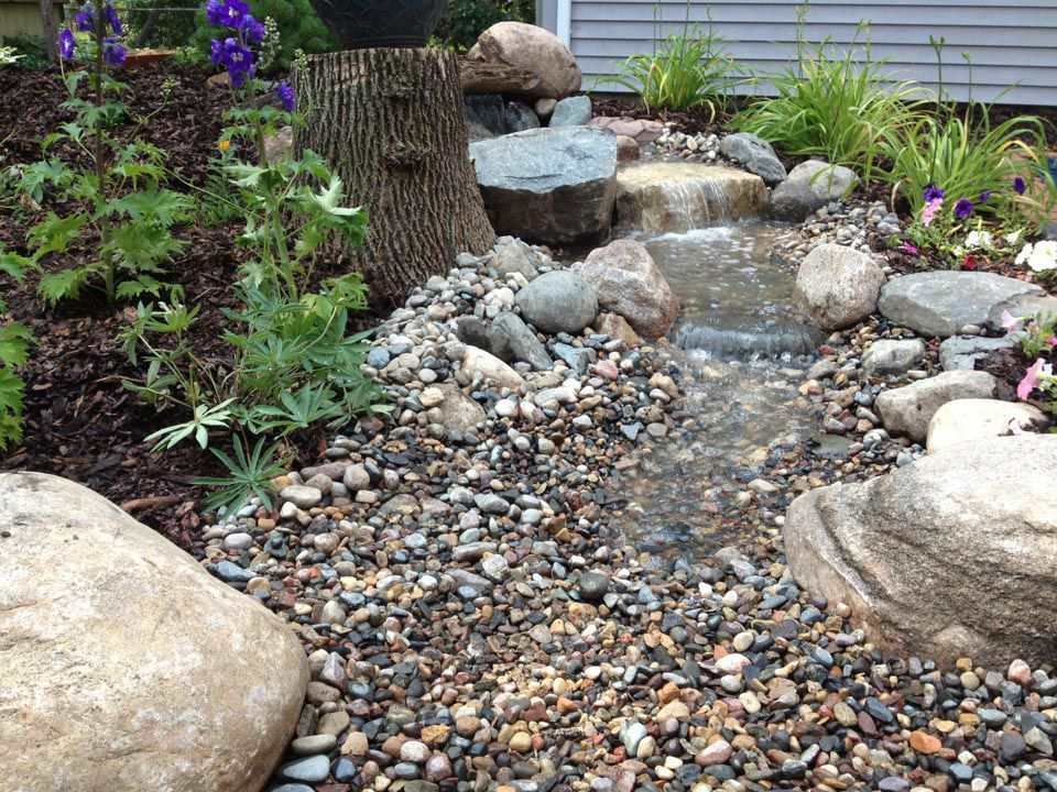 waterfeature-stream-landscaping-20120628019_orig.jpg