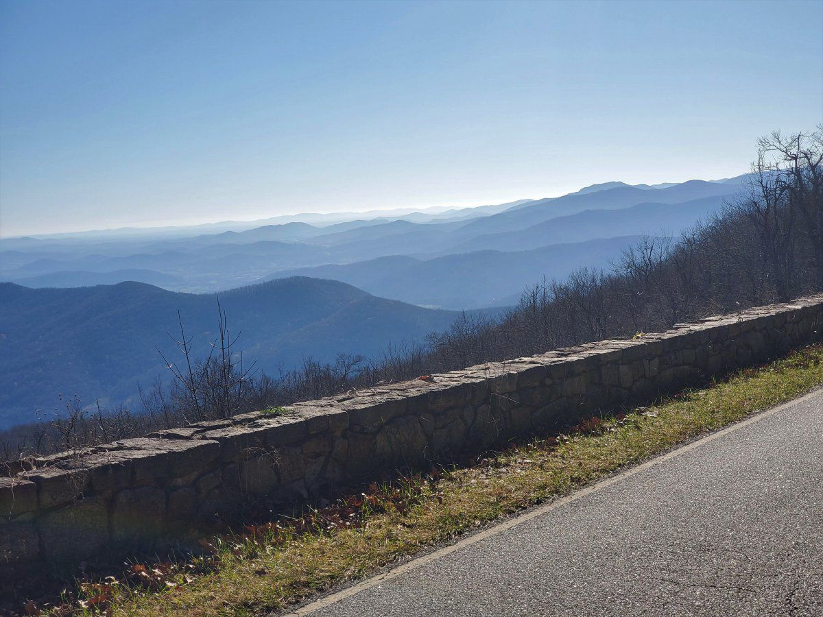WHY the blue ridge  is called the blue ridge .jpg